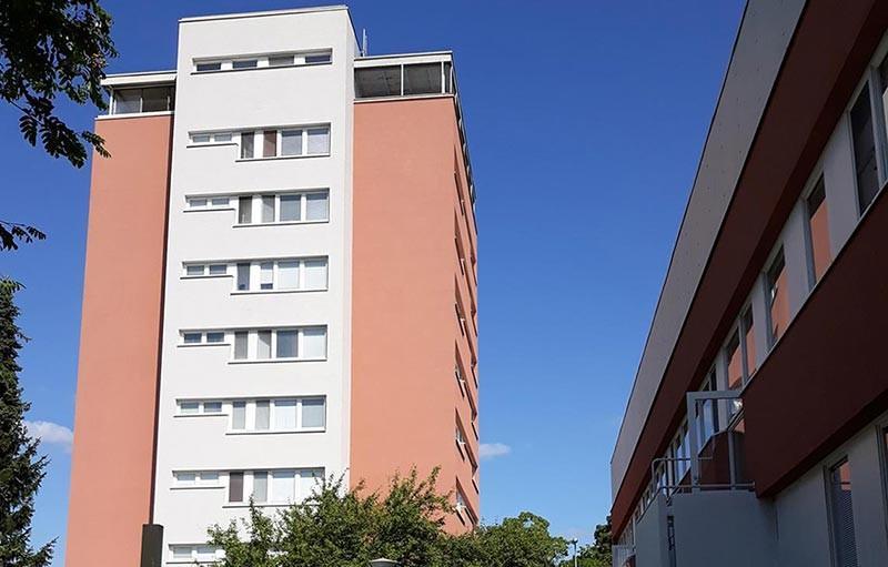 Aspa-koti Valtti sijaitsee kerrostalossa Porissa.