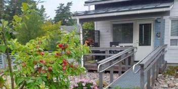 Aspa-koti Villa Huvi sijaitsee rivitalossa Espoossa.